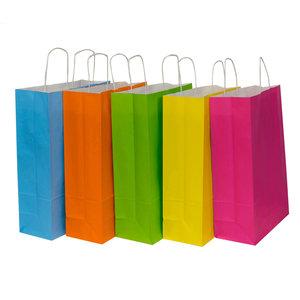 Levering uit voorraad 50x Papieren draagtassen assorti vrolijke kleuren 32x12x41cm