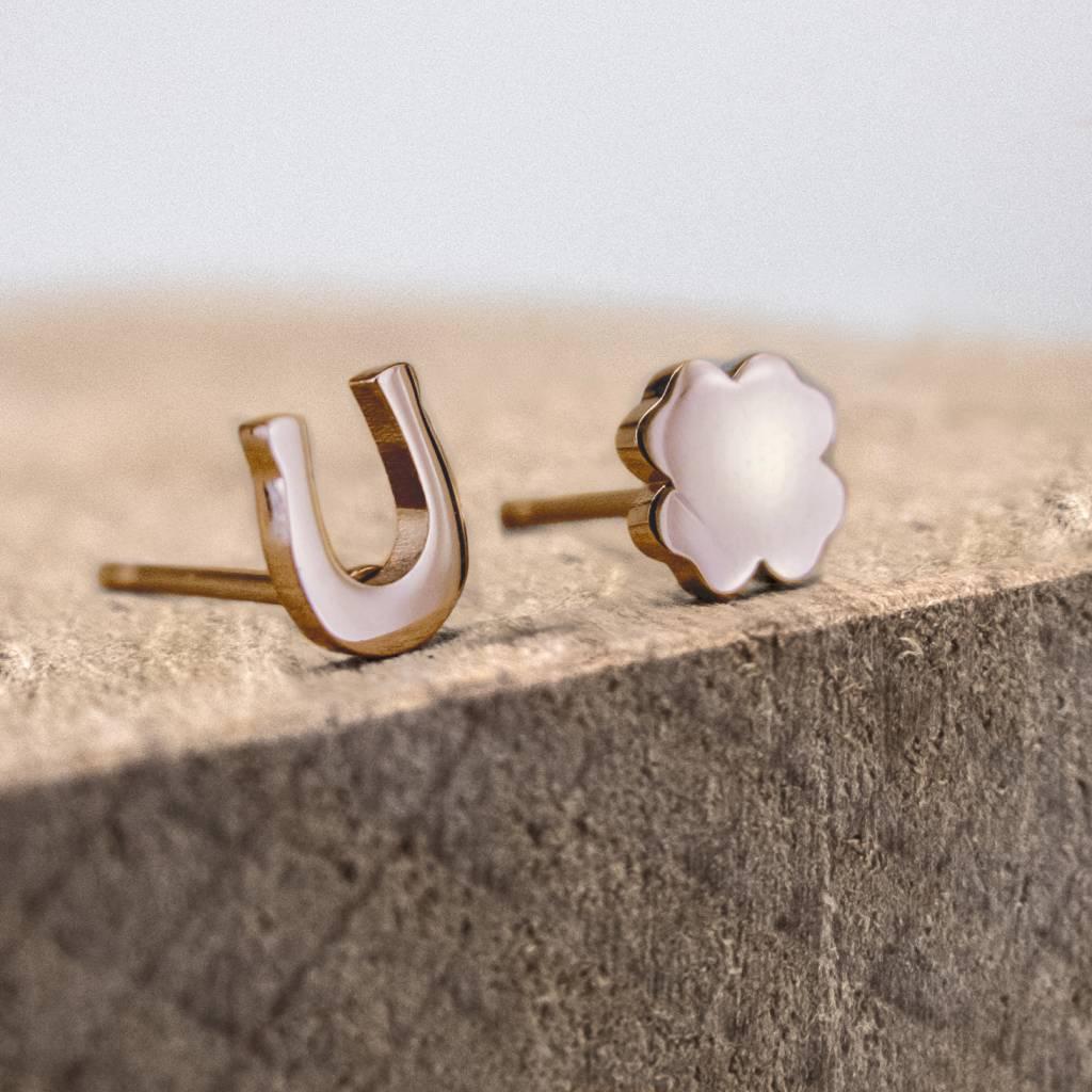 Ear studs horseshoe & clover