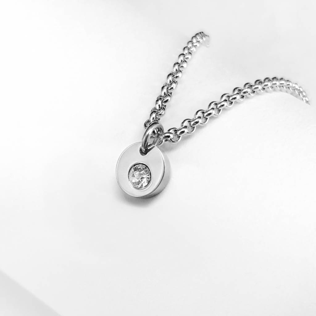 Mini pendant with crystal zirconia