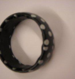 ESPA armband zwart met witte bollen