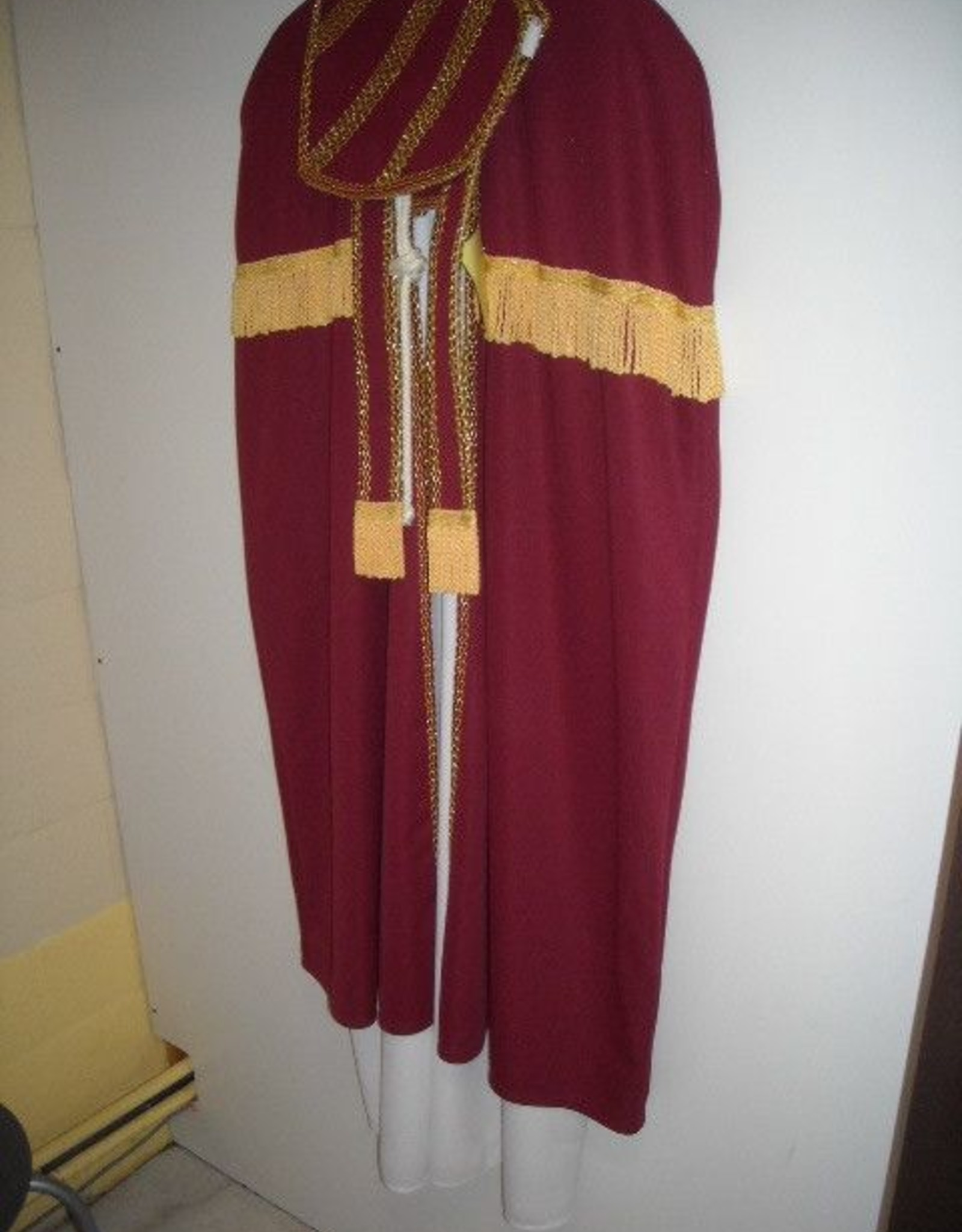 Wimmers sint kind met kleed 140 huurprijs 20