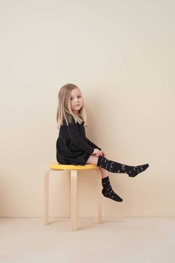 Kids knee socks in black