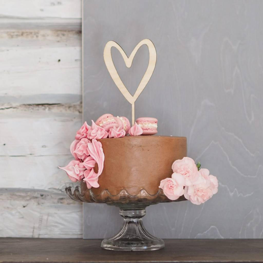 Birch heart decoration for cakes