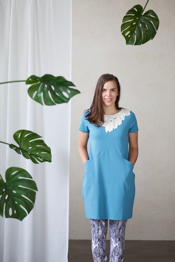 Dress Iiris turquoise for adults