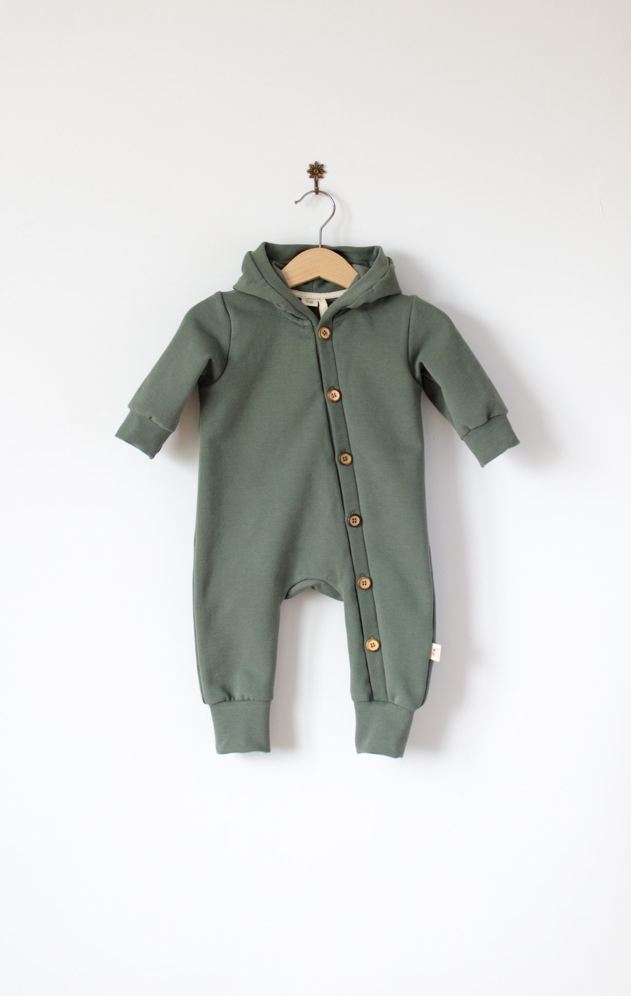 Baby Hooded jumpsuit forest green with wooden buttons