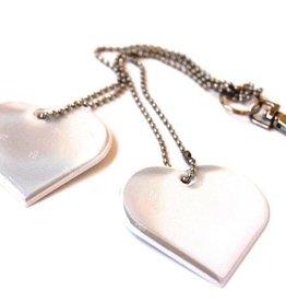 LifeSaverFinland / Réflecteur avec deux coeurs blancs