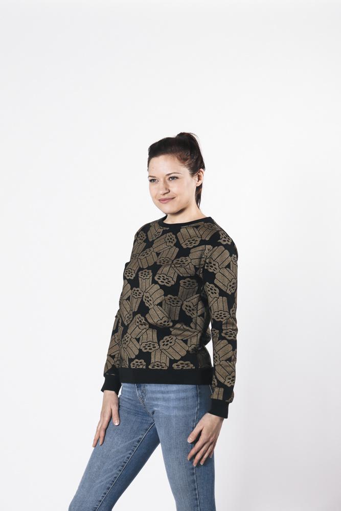 "Sweater ""Kultalaku"" gold/black for adults"
