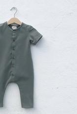 Baby Sommeranzug waldgrün mit Knopfbefestigung