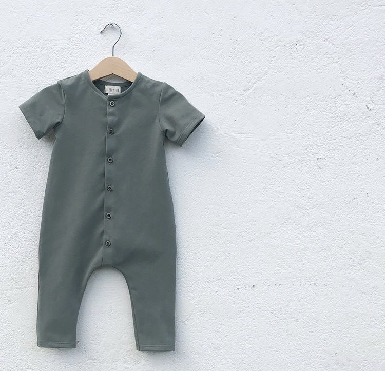Summer jumpsuit forest green with front buttoning