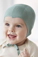 Baby Häubchen aus Seide in hellgrün