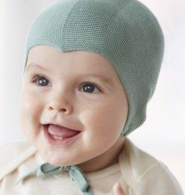 RUSKOVILLA / Baby Häubchen aus Seide in hellgrün
