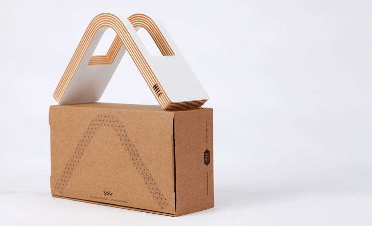 """""""Sola"""" coffee filter holder of birch plywood"""