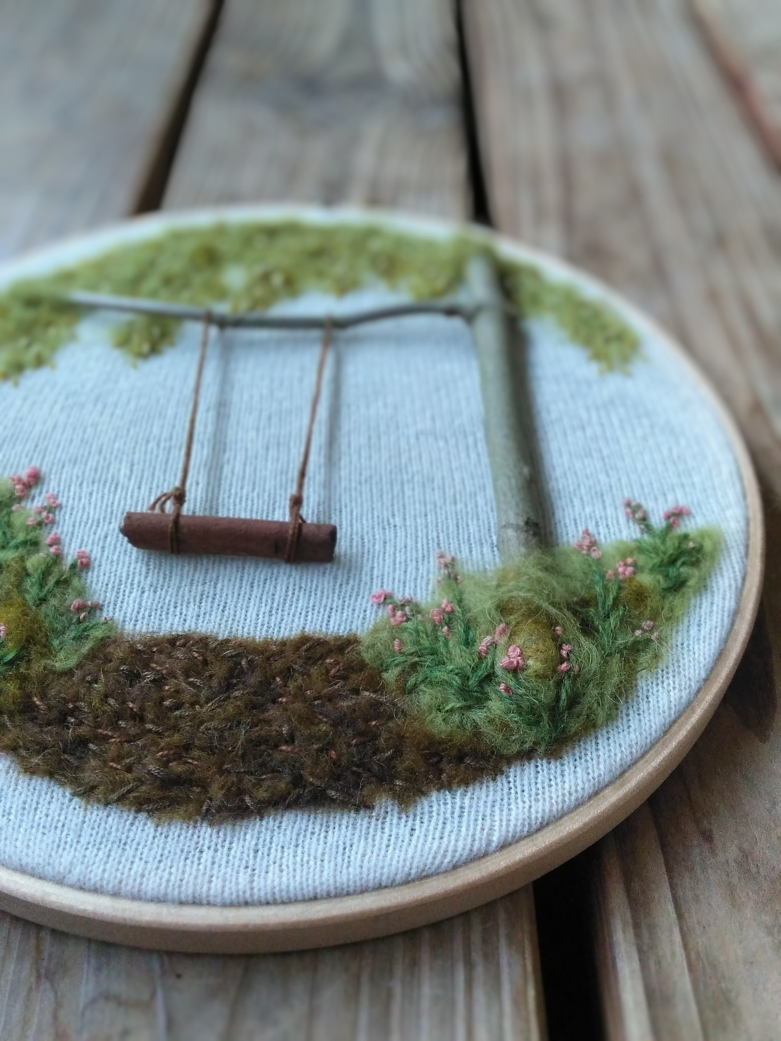 "Embroidery art ""Cinnamon Stick Swing"""