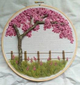 "KAUNOKKI HANDMADE / Stickerei Kunstwerk ""The Blossom of Cherrytree"""
