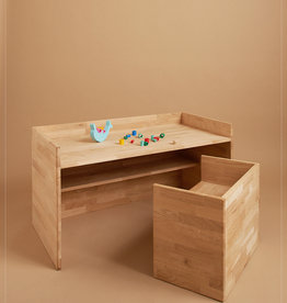 hocker / Kid's table made of oak