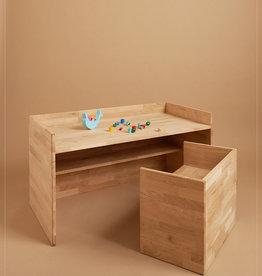 hocker / La table pour enfants de chêne