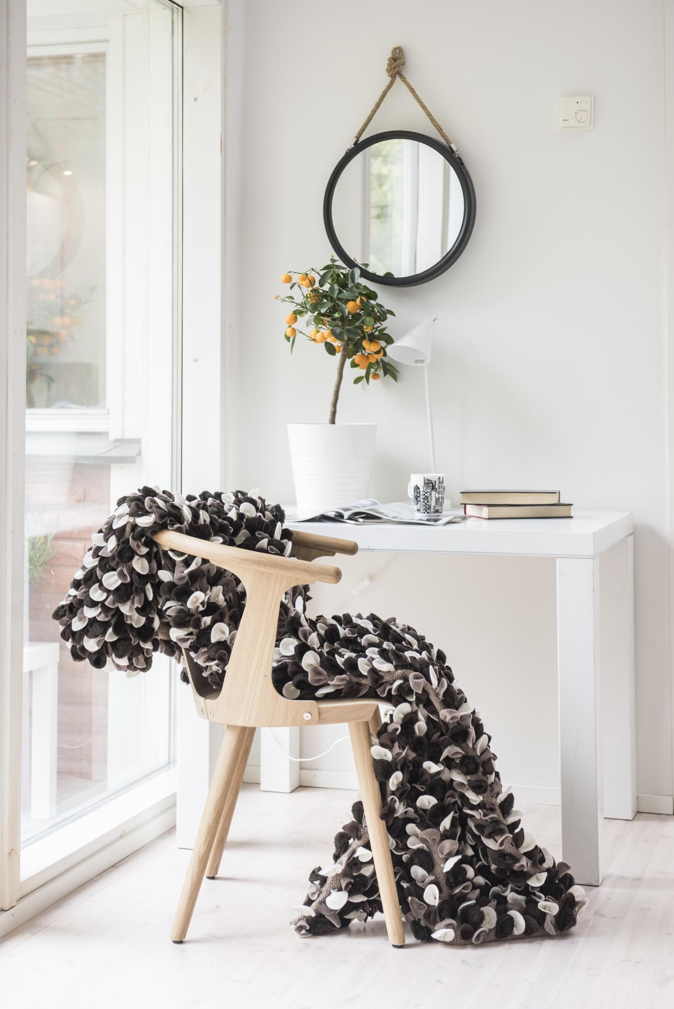 Le textile de laine comme couverture ou décoration murale (110 x 170 cm)