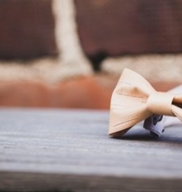 TUOHI DESIGN / Birch bark bowtie