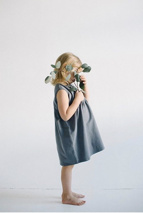 Ärmelloses Kleid in blau