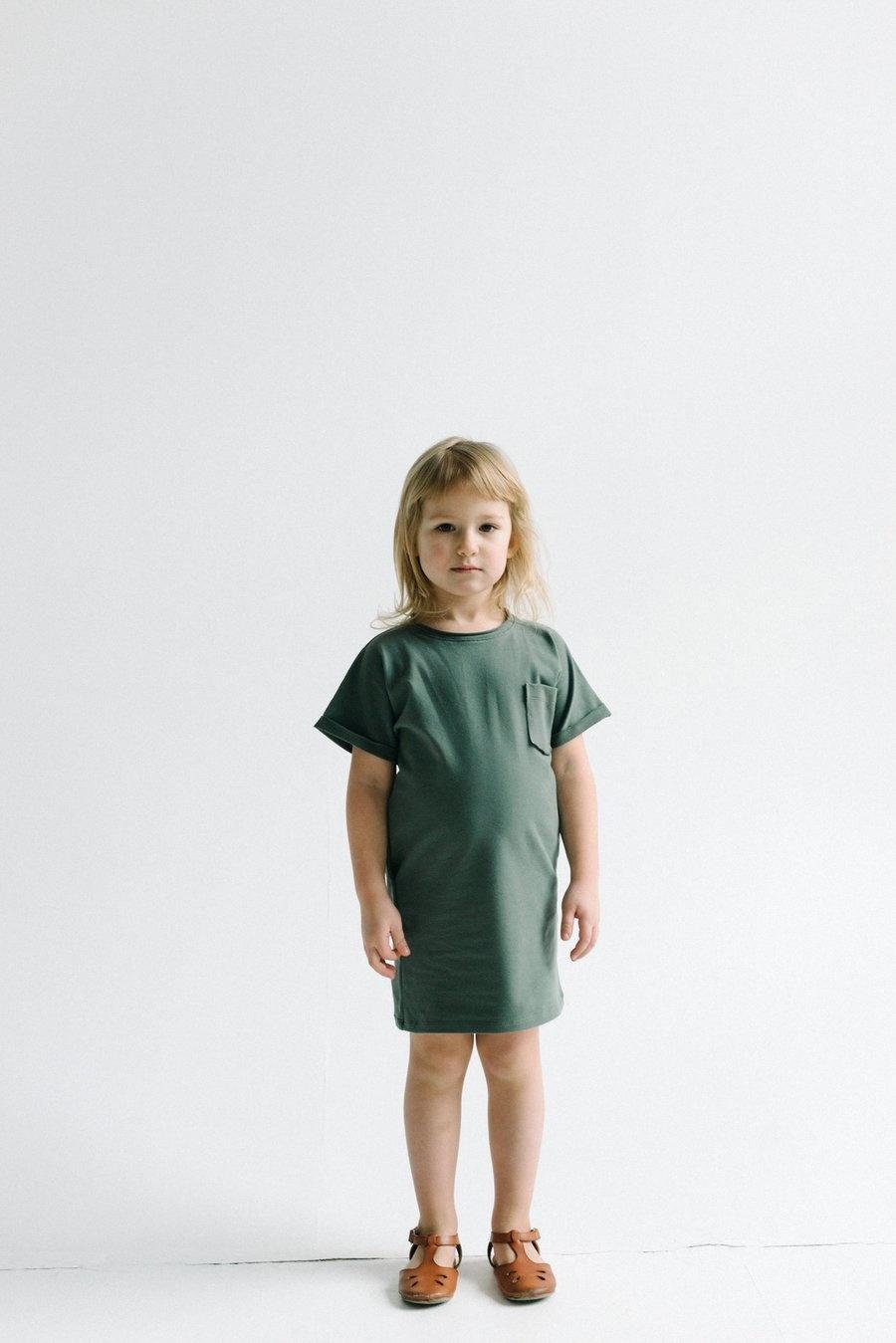Kids T-shirt dress in forest green