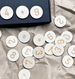 PUINE / Magnetic wooden numbers to learn numbers by playing