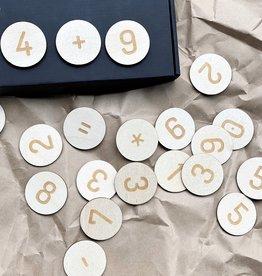 PUINE / Magnetische Nummern um Zahlen spielend zu lernen
