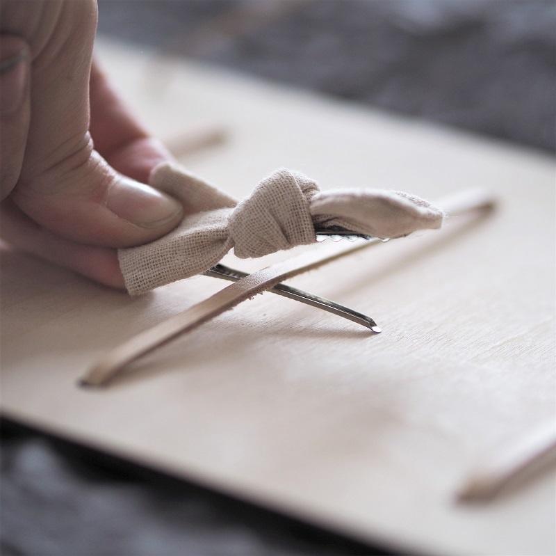 Porte-accessoires en bois