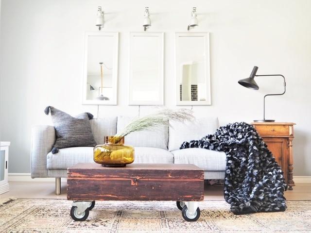 Wollstoff als Decke oder Wanddekoration schwarz (110 x 170 cm)