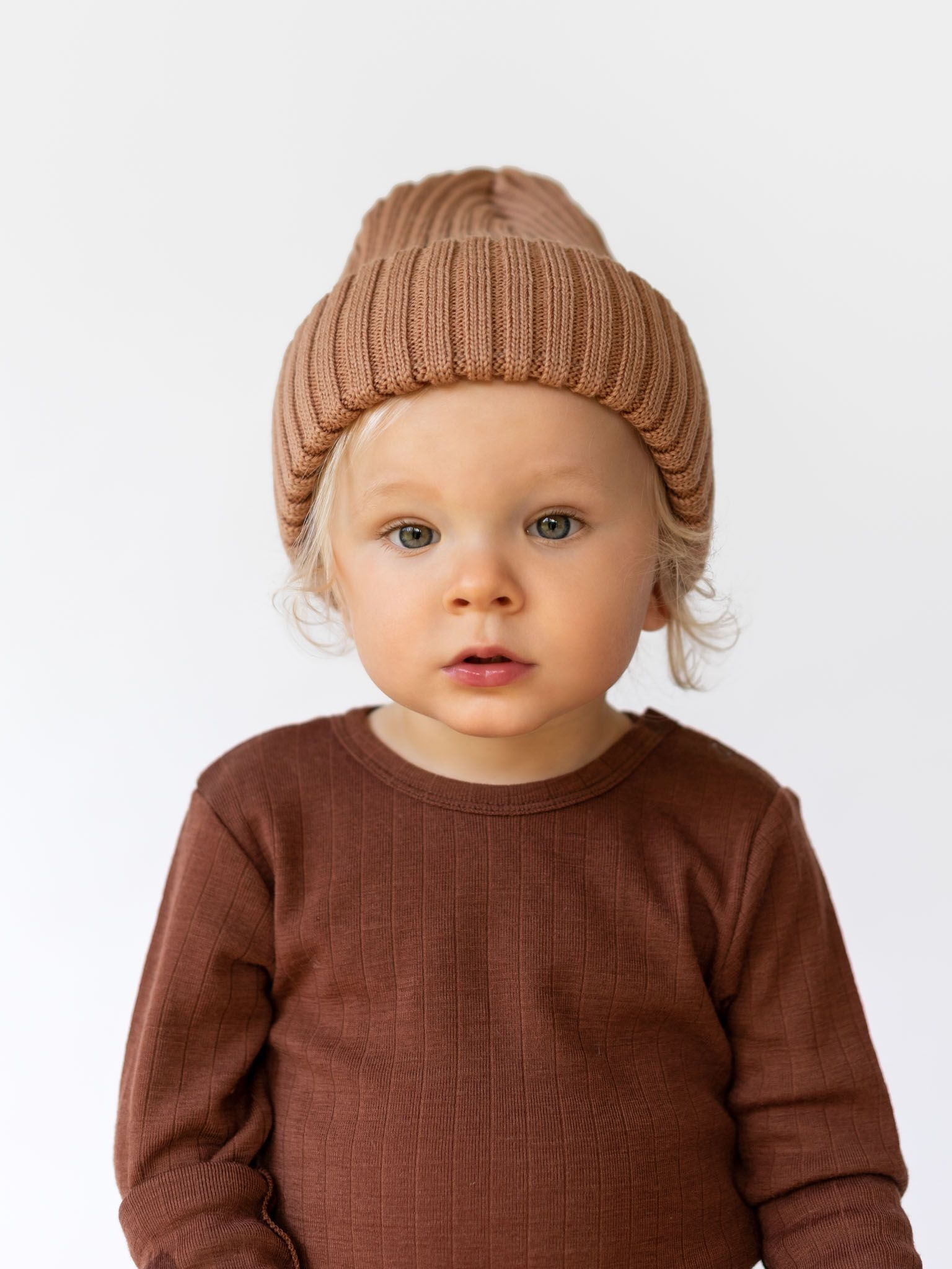 Merino Beanie camel colour for big and little ones