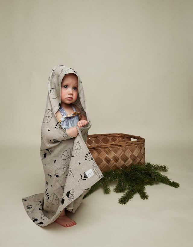 "Baby hooded towel ""Sleepy forest"" 80x80 cm"