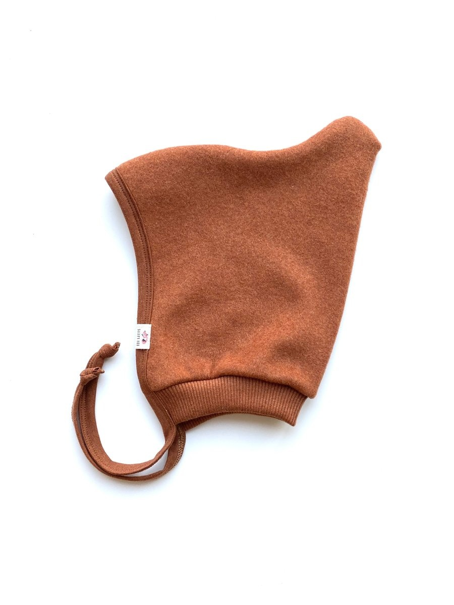 Baby fleece hat in Copper Marl