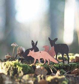 PAPURINO / Décoration en bois de renard coloré en rouge pour Noël