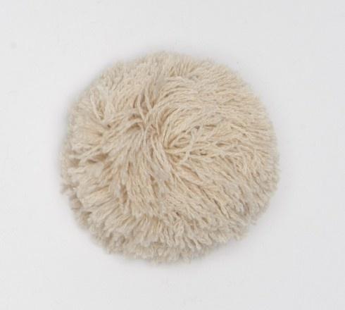 Abnehmbarer Pompon beigefarben