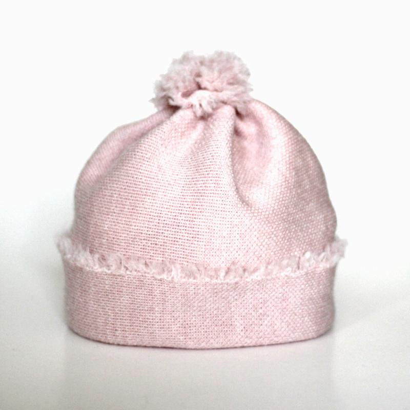 Baby Beanie-Mütze hellrosa aus feiner Merinowolle