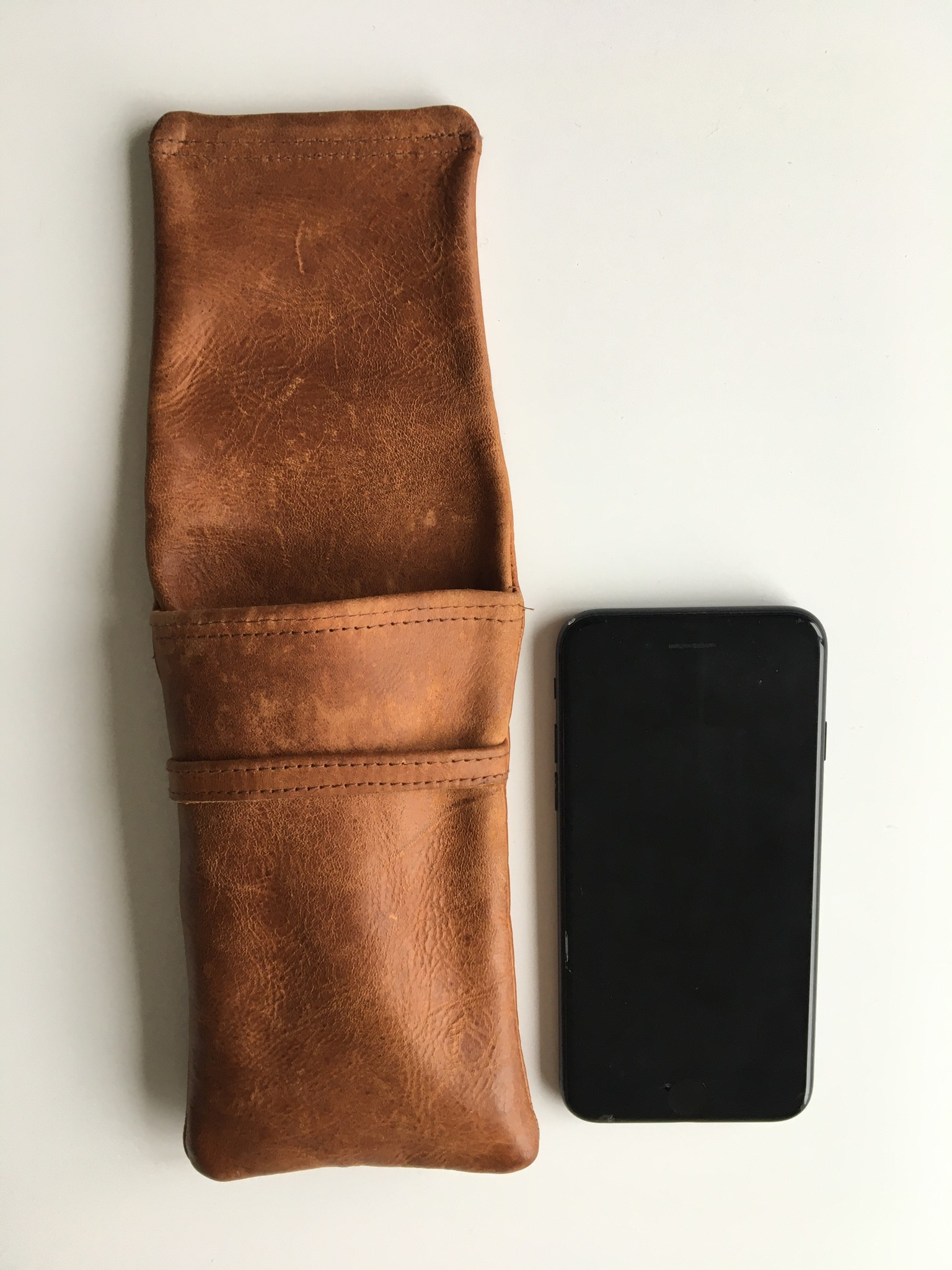 Fine reindeer leather case cognac-coloured for glasses or mobile phone