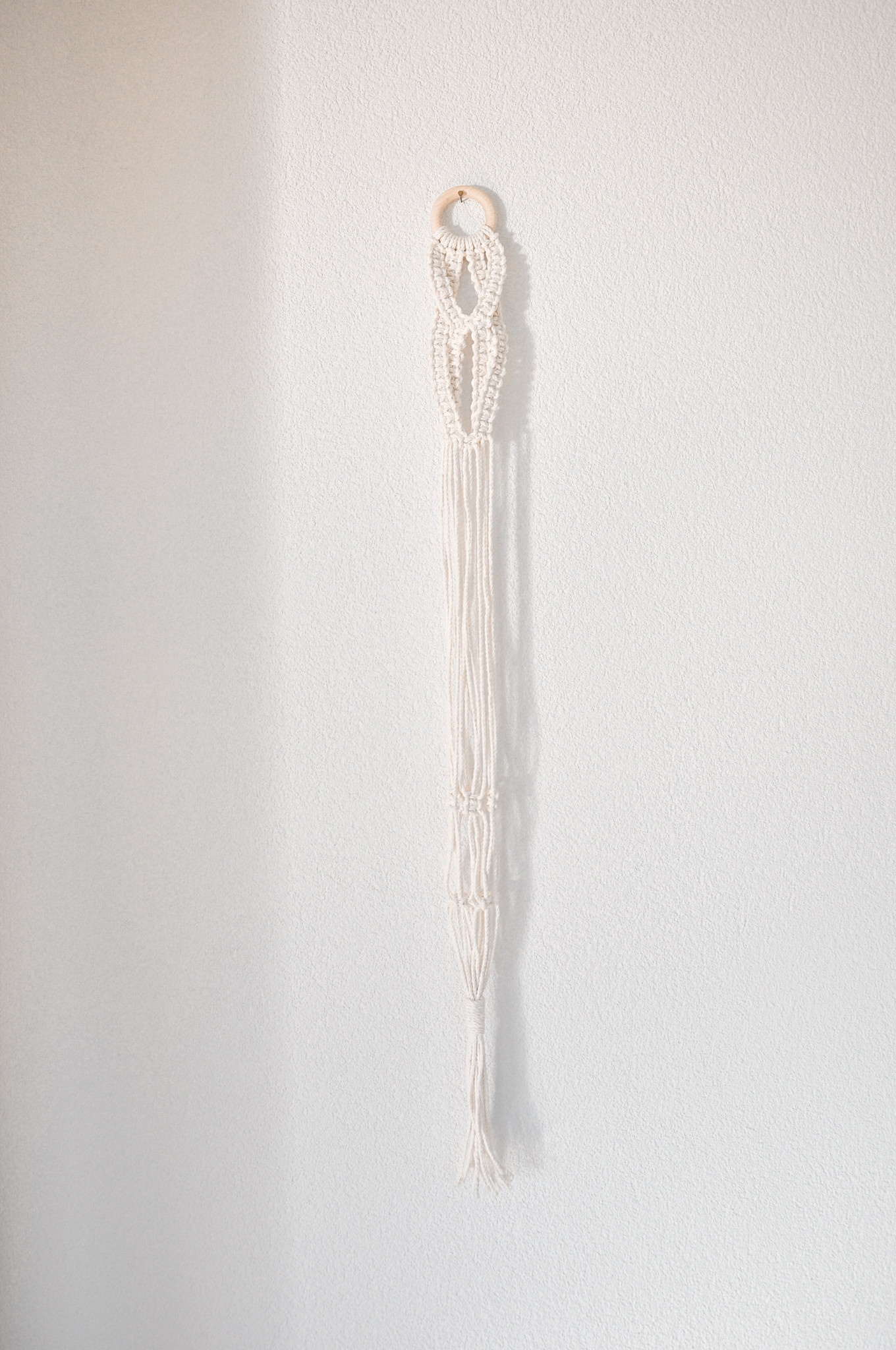 "Makramee Blumenampel ""Delta"" beigeweiss"