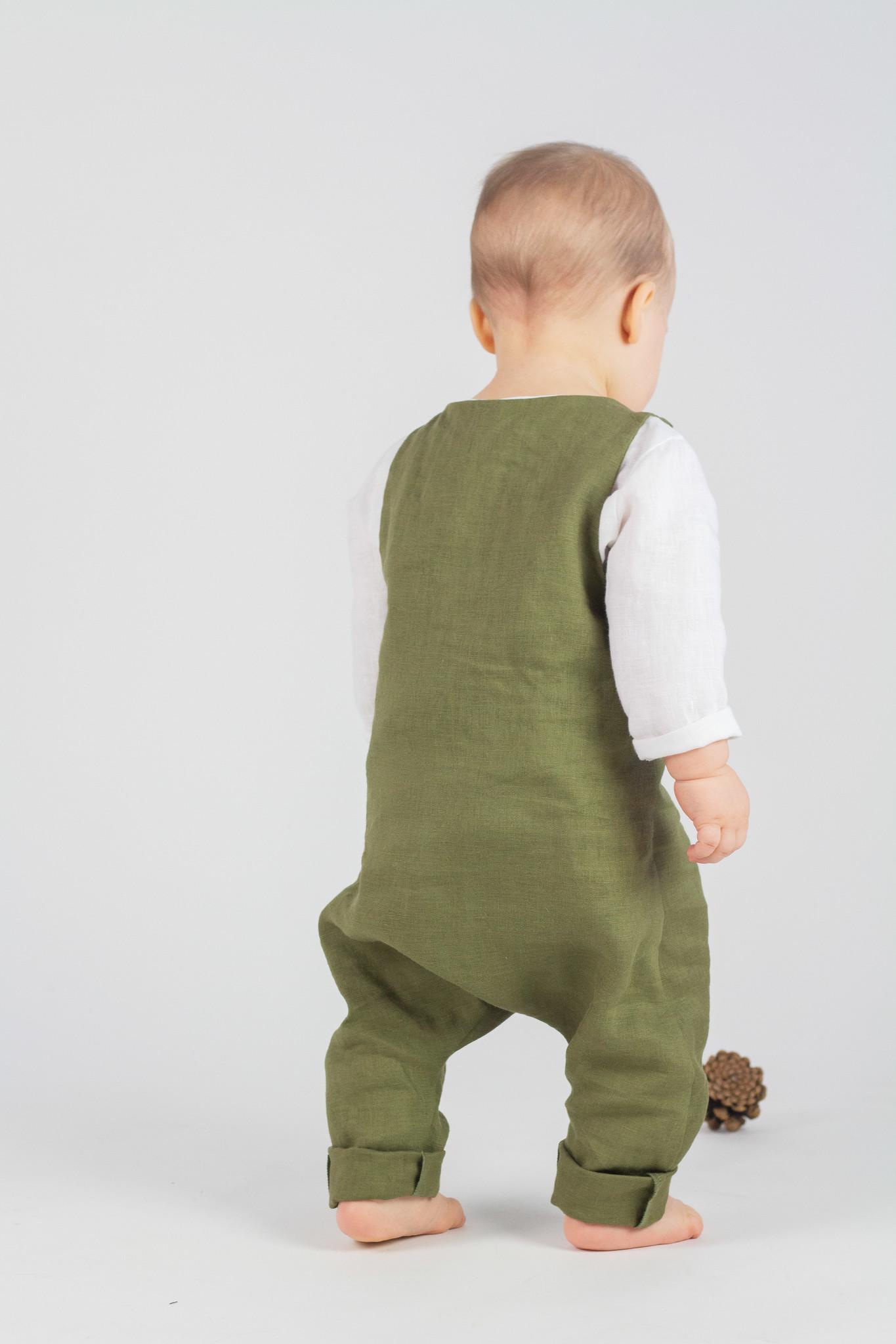 Baby Leinen Latzhose olivgrün