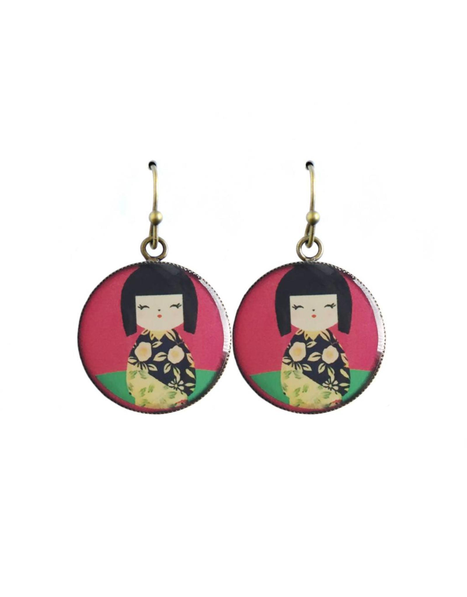 oorbEllen resin kokeshi roze rond