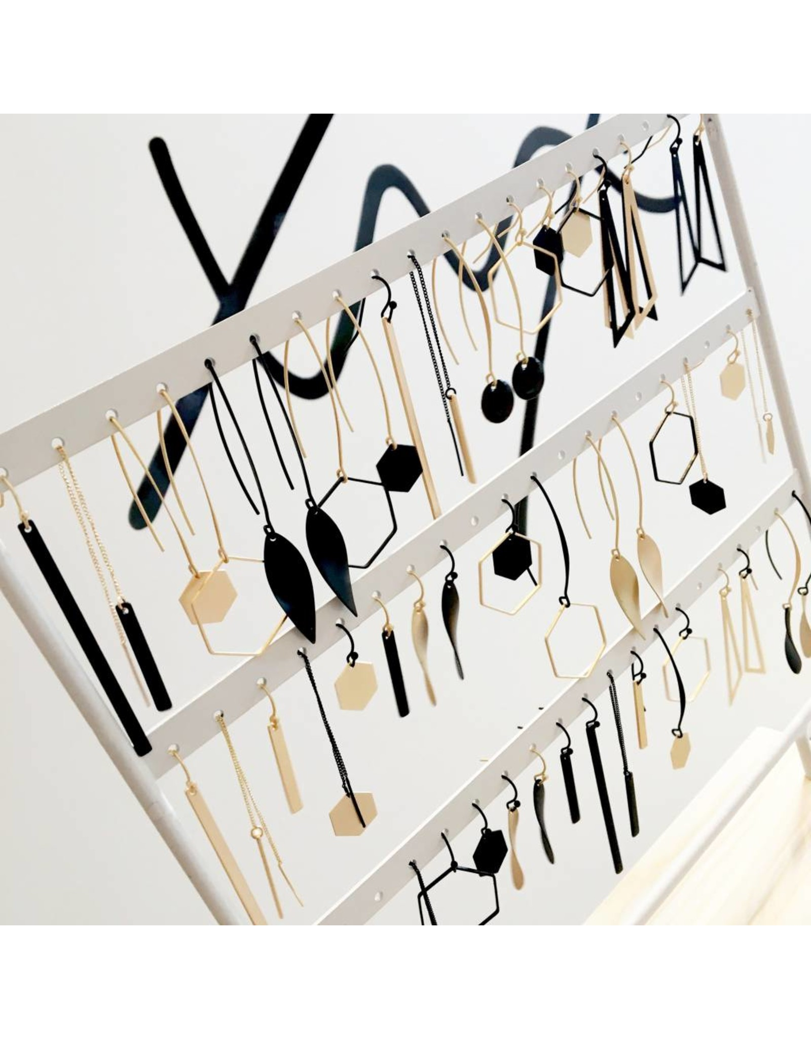 oorbEllen mix&match staafje kort mat goud doortrekker zwart