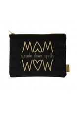Etui MOM upside down spells WOW