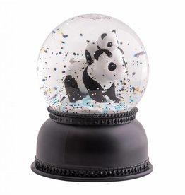 Snowglobe lamp panda