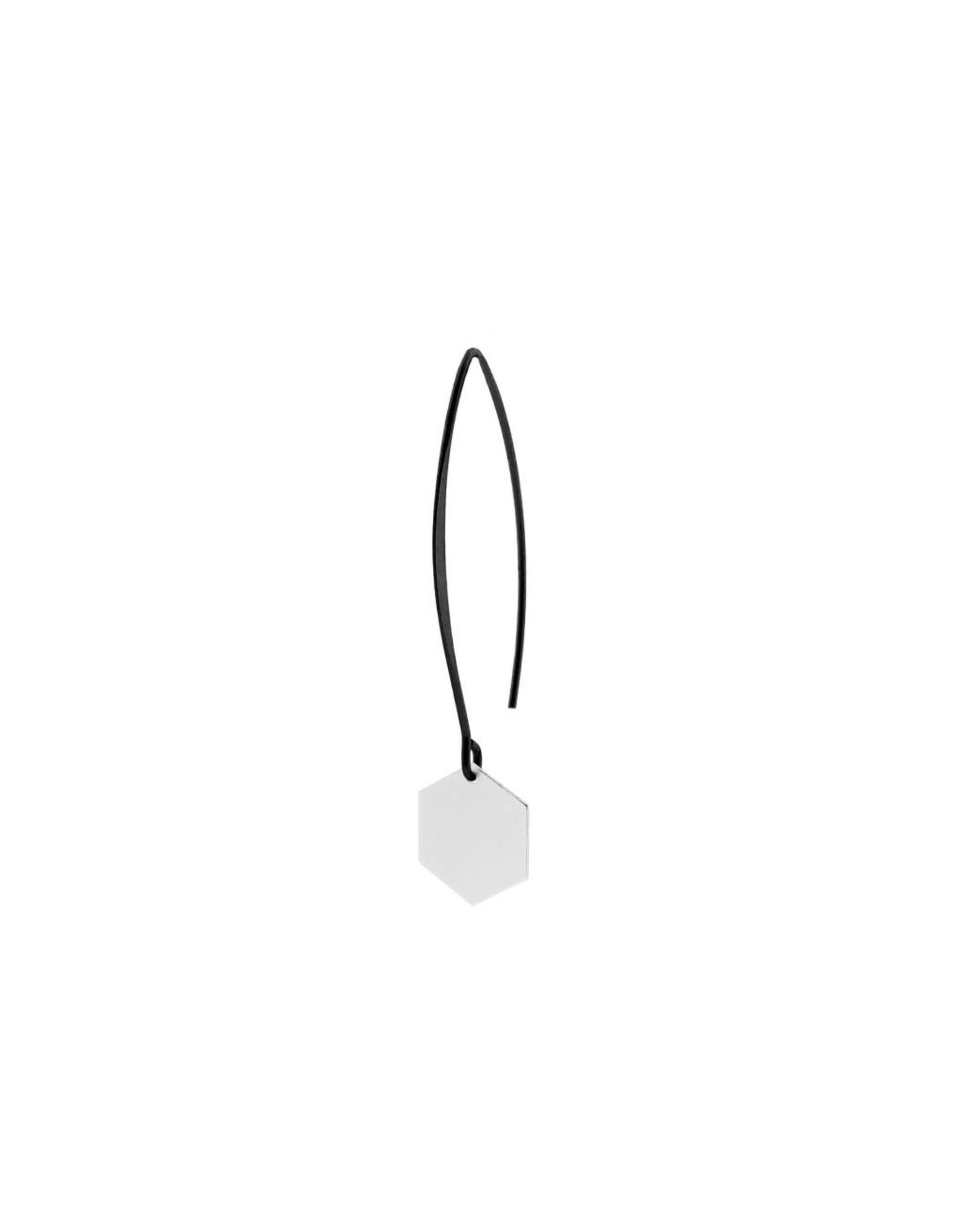 oorbEllen mix&match zeshoekje mat zilver lange hanger zwart