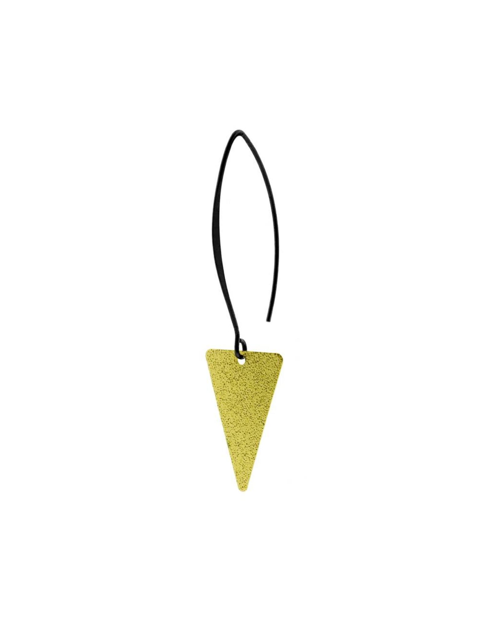 oorbEllen mix&match triangel glinsterend mat goud lang zwart