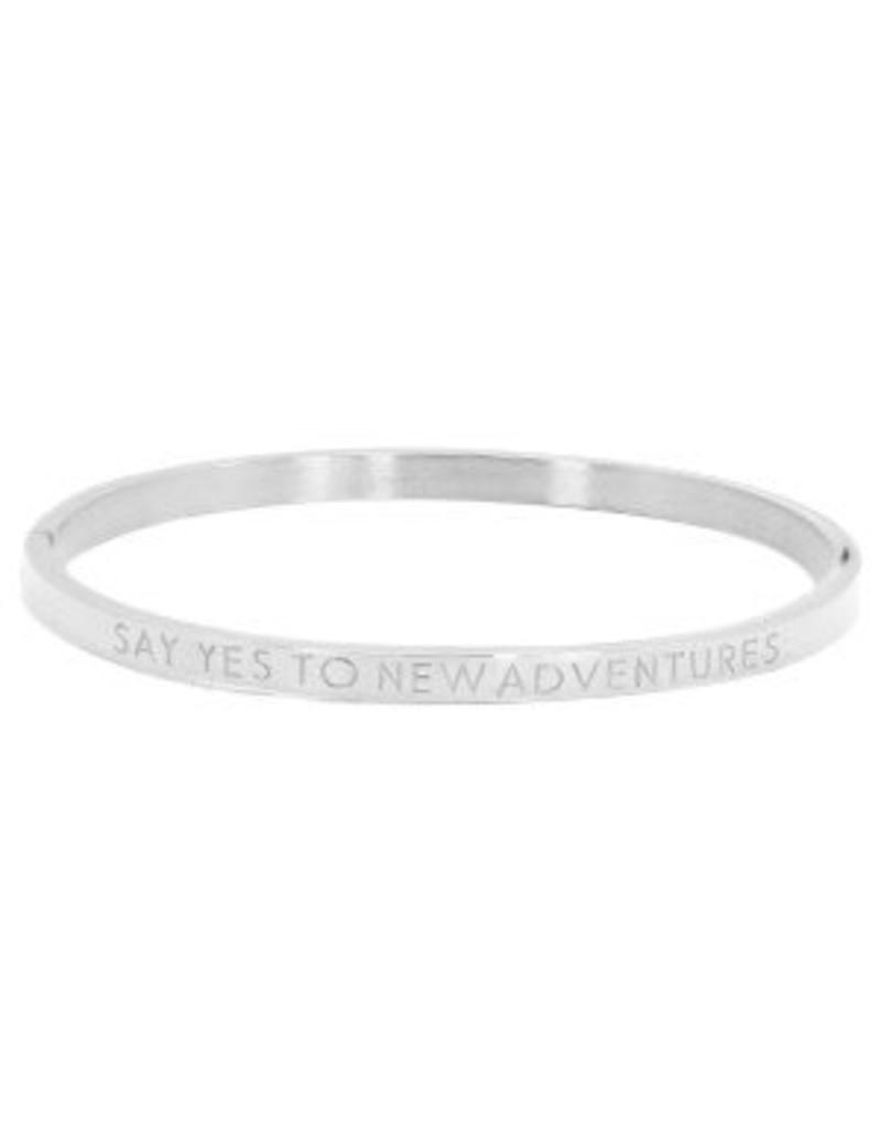 Armband RVS 'say yes to new adventures' smal zilverkleurig