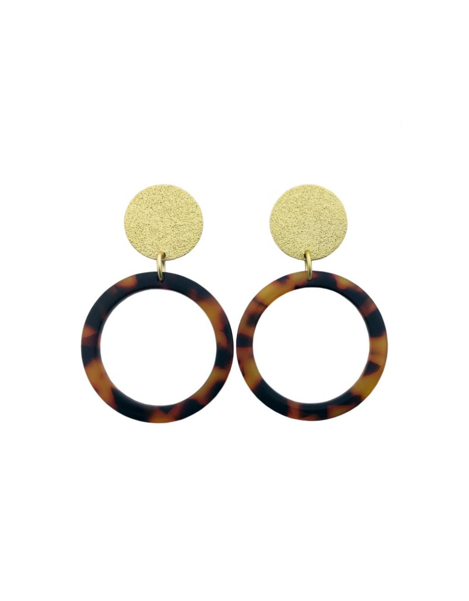 oorbEllen acryl 20mm goud cirkel bruin