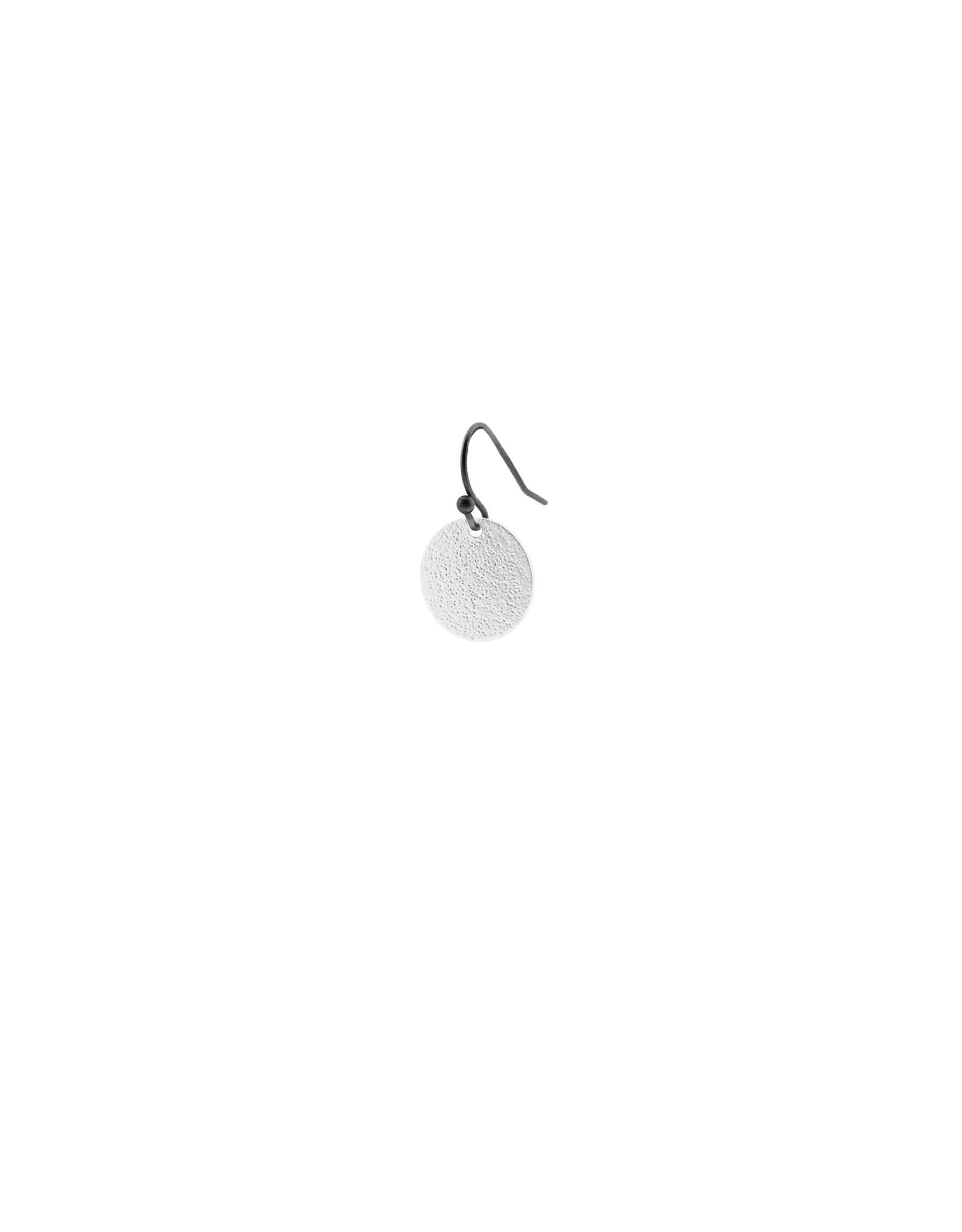oorbEllen mix&match cirkel klein vol mat zilver kort zwart