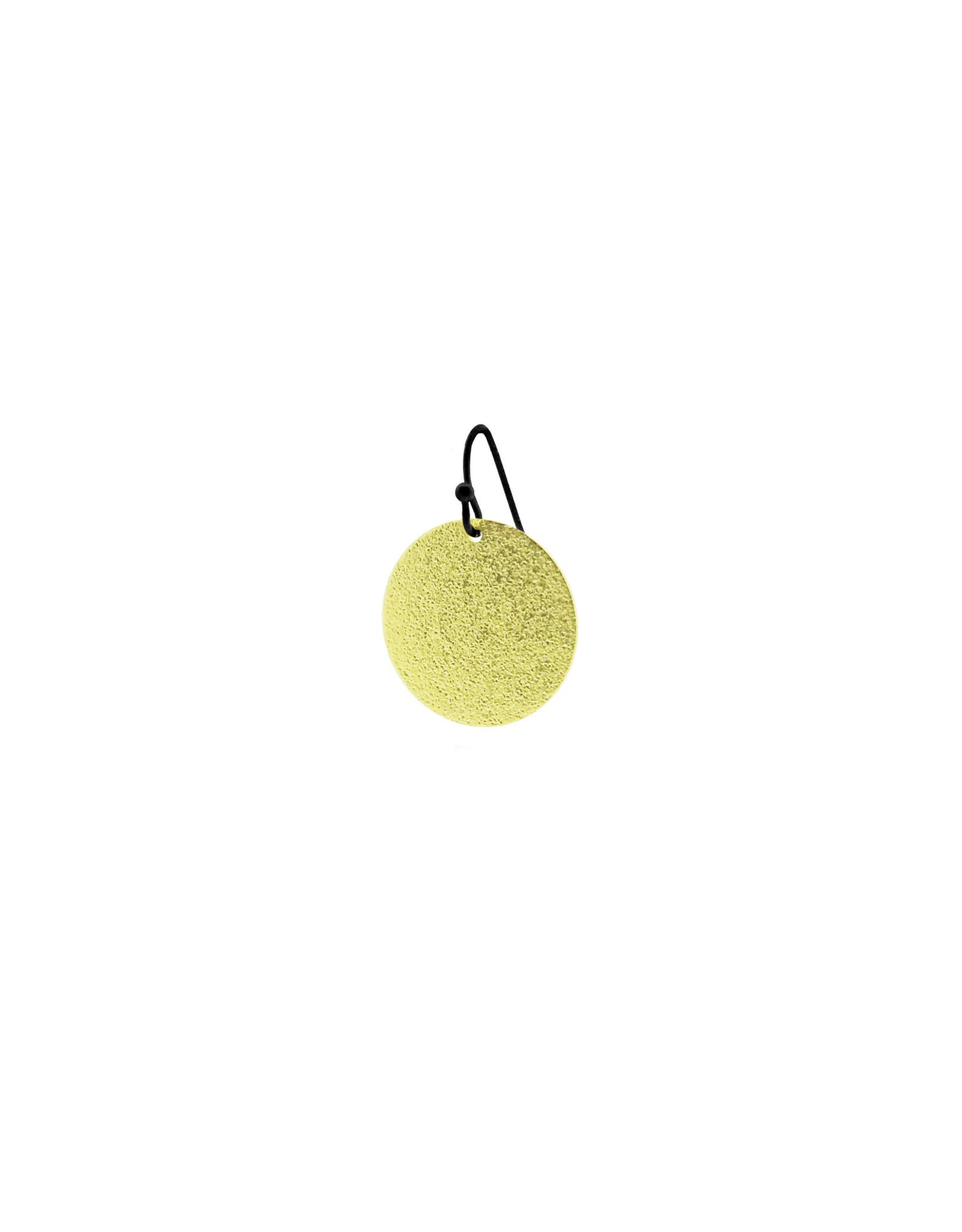 oorbEllen mix&match cirkel vol mat goud kort zwart
