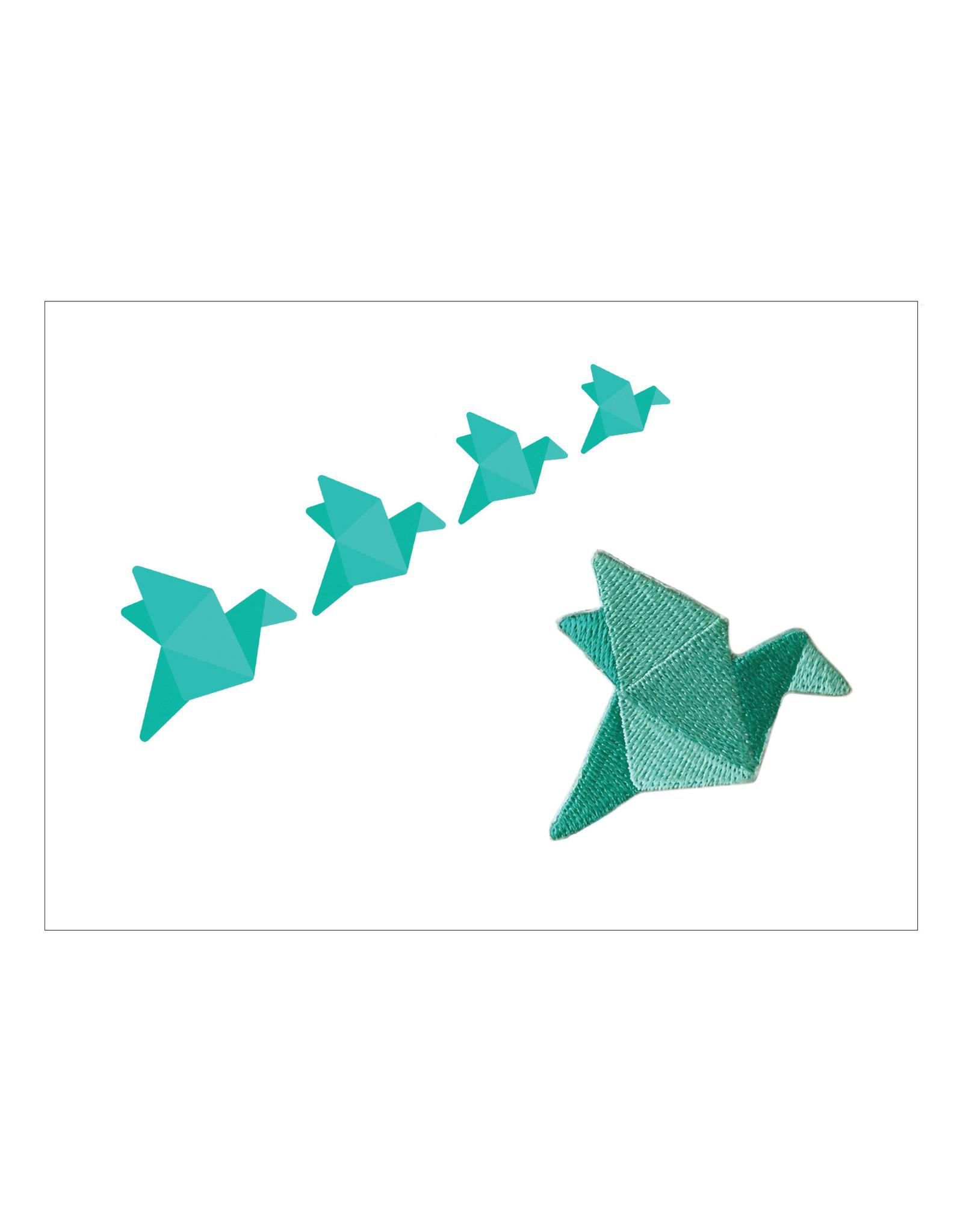 Postkaart met broche & enveloppe kraanvogel
