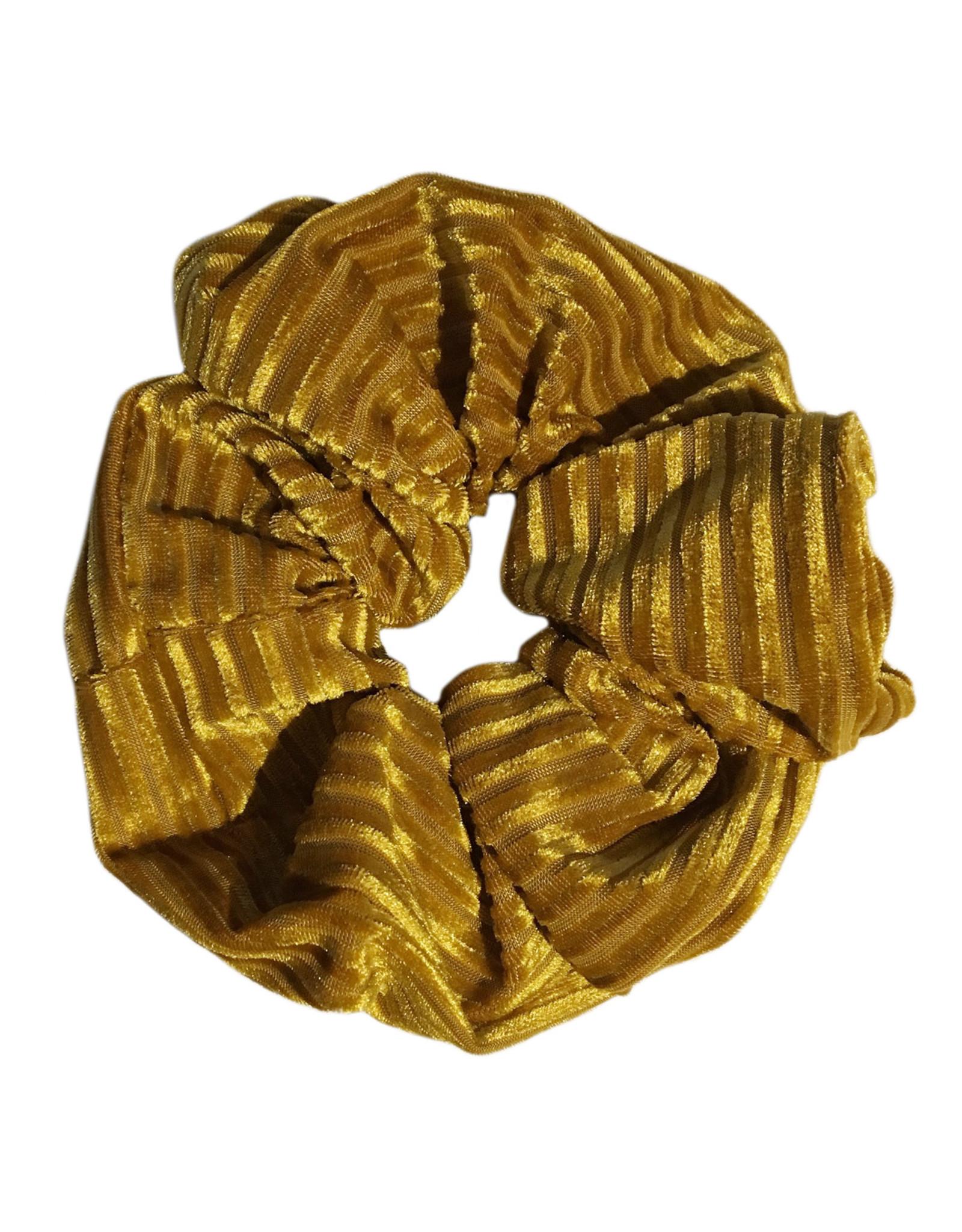Scrunchie velvet ribbels okergeel