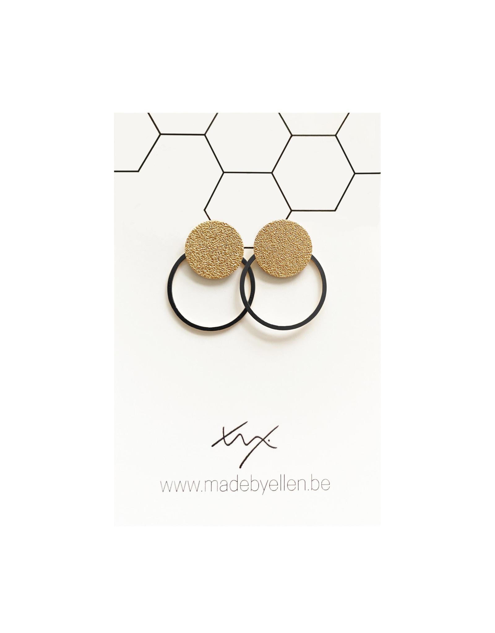 oorbEllen steker mat goud met ring zwart
